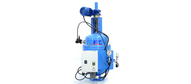 Liquid filtration using fully automatic reverse flow filter