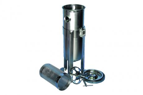 Bag filter housings made of stainless steel for liquid filtration