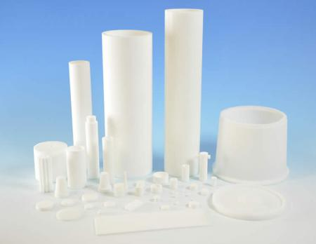 Plastic filtration elements for air and gas filtration